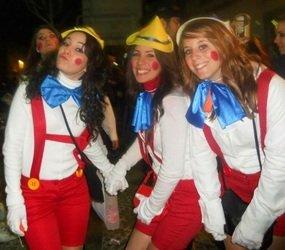 erasmust students dressed as pinocchio at Cadiz Carnaval