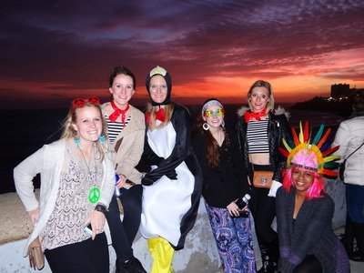 study abroad students enjoying the sunset in Cadiz